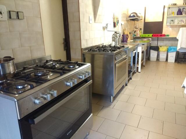 chata-lom-ubytovani-vlastni-vareni-krkonose-kuchyn-1